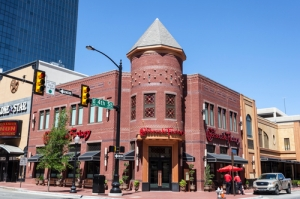 Photo of a Cheesecake Factory in Fort Worth, TX